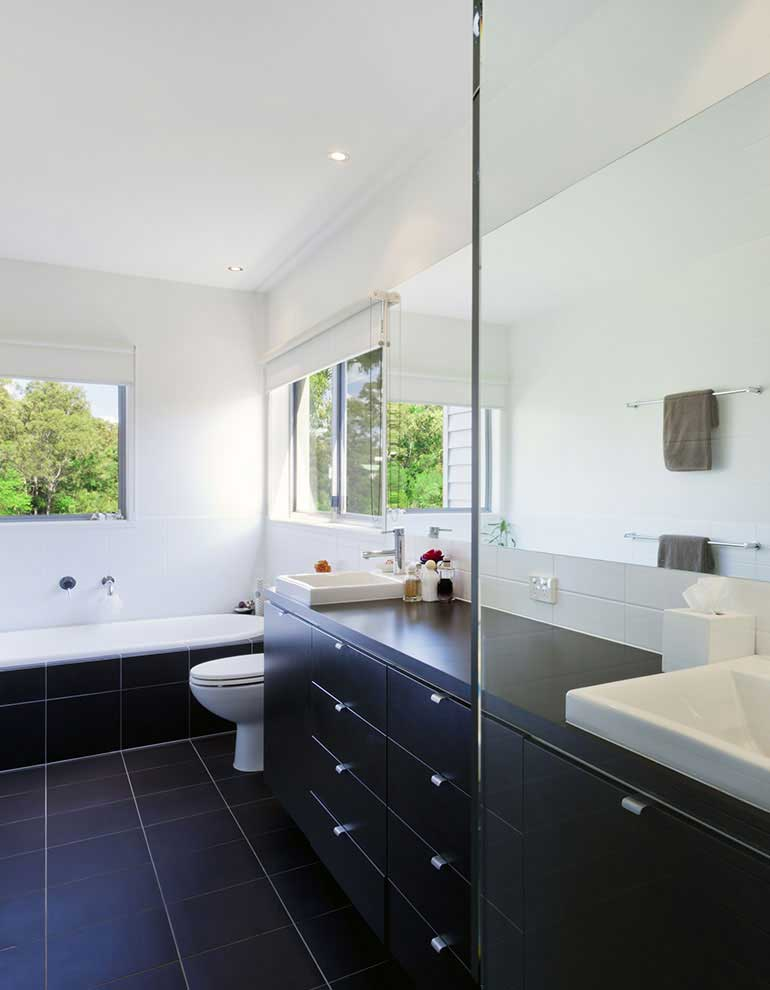 home_-bathroom-remodeling_zoombox4